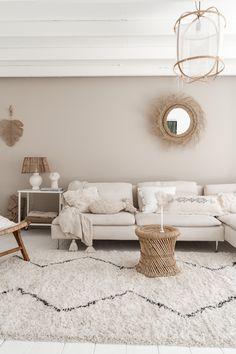 Beige Room, Beige Living Rooms, Living Room Colors, Home Living Room, Apartment Living, Living Room Decor, Home Room Design, Interior Design Living Room, Living Room Designs