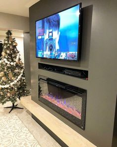 Hottest No Cost electric Fireplace Remodel Style – Fireplace tile ideas Living Room Decor Fireplace, Fireplace Tv Wall, Basement Fireplace, Wall Mount Electric Fireplace, Fireplace Remodel, Fireplace Design, Home Living Room, Living Room Designs, Fireplace Ideas