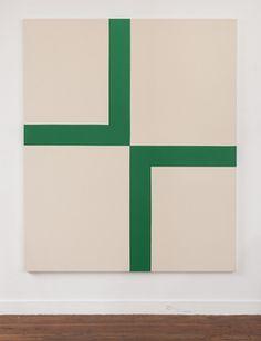 Carmen Herrera - 11 Artworks, Bio & Shows on Artsy
