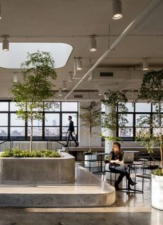 Commercial interiors that will blow your mind away. Commercial interiors that will blow your mind aw Lobby Interior, Cafe Interior, Office Interior Design, Office Interiors, Interior Architecture, Design Hotel, Lobby Design, Commercial Interior Design, Commercial Interiors