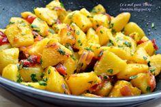 Ce a mai gatit Timea. Potato Onion, Potato Salad, Romanian Food, Raw Vegan Recipes, Vegan Food, Roasted Potatoes, Shrimp Recipes, Carne, Food To Make