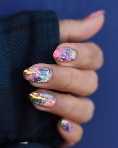 10 Creative Nail Designs for Short Nails to Create Unique Styles Creative Nail Designs, Creative Nails, Nail Art Designs, Trendy Nails, Cute Nails, Hair And Nails, My Nails, Splatter Nails, Paint Splatter