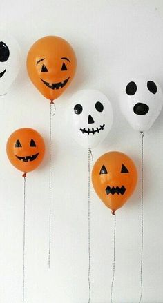 Halloween balloons! Just blow up orange and white balloons, then decorate with with scary faces using a black marker pen. #Halloween #diy Source: Megan Mazikoske-Hatch