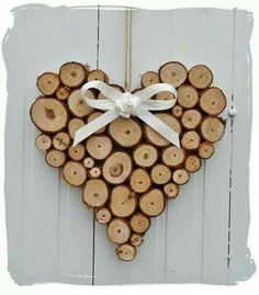 similar to large rustic heart wedding log cabin decoration on etsy - Lovely heart! -Items similar to large rustic heart wedding log cabin decoration on etsy - Lovely heart! Wood Slice Crafts, Wooden Crafts, Diy And Crafts, Rustic Wood Crafts, Driftwood Crafts, Diy Centerpieces, Wood Creations, Wood Slices, Tree Slices