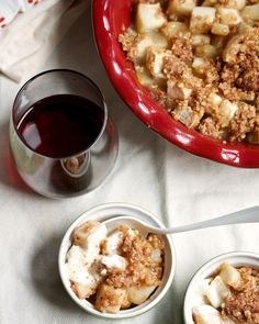 Easy, Festive Pear Crisp #Recipe