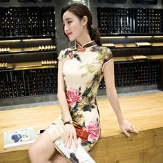 New Cheongsam Chinese Traditional Dress Silk Satin Short Sleeve Stand Neck Qipao  Chinese Party Dresses 42ae95262c8b
