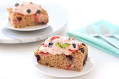 Hungry Girl's Blueberry Strawberry Oatmeal Bake Recipe