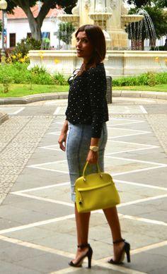 Look falda midi denim topitos blanco negro lunares mango furla velvet rayban 5.51 #kissmylook
