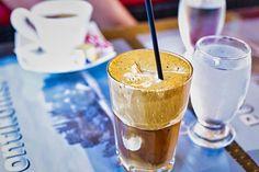 Ez a kávé lesz az idei tél legnagyobb sztárja, így készítsd el otthon - Ripost Alcoholic Drinks, Cocktails, Frappuccino, Cold Brew, Iced Coffee, Mochi, Gelato, Minion, Vodka