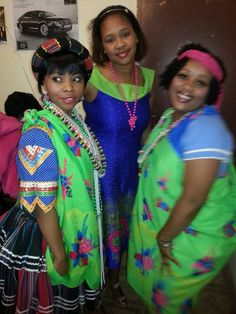 At a Tsonga wedding:-) African Outfits, African Attire, African Fashion, Traditional Weddings, Traditional Wedding Dresses, African Traditional Wear, Africans, African Women, Woman Fashion