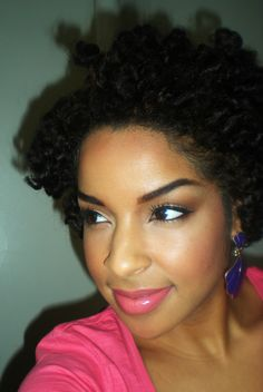 I LOVE this everyday make-up. gorgeous. i need to take this picture to MAC so i can get that lipstick!