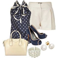 20 FASHION COMBINATIONS- That top is adorable. Not too crazy about the pearls, though.