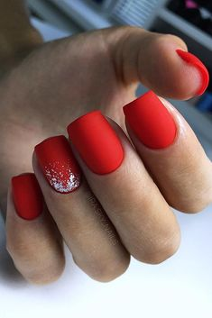 Classy Nail Designs, Red Nail Designs, Acrylic Nail Designs, Xmas Nails, Holiday Nails, Christmas Nails, Fall Nails, Winter Christmas, Red Matte Nails