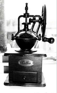 Cafe Retro Expresso Coffee Maker. This would be great to have right ...