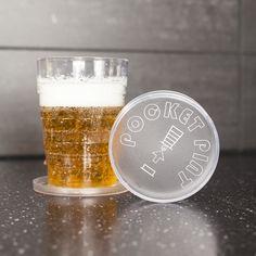 Fizz Pop Up drankglas - Bier  Description: Pop Up drankglas van Fizz. Uitschuifbaar bierglas. Makkelijk mee te nemen en compact weer in te klappen. Bierglas voor een pint (inhoud: 473 milliliter). Met stevige voet en deksel zodat er geen druppels in je tas lopen. Afmeting: 12 x 9 x 9 centimeter.  Price: 7.95  Meer informatie