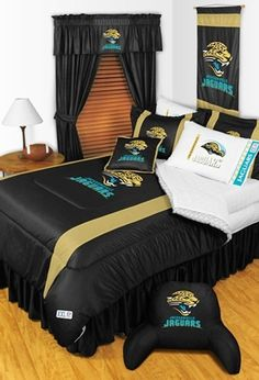 Jacksonville Jaguars Sideline Comforter. The wife would kill me if I did this lol