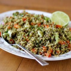 Mexican Quinoa Salad | Satisfying and delish pre or post- workout!  HealthyAperture.com