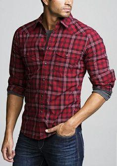 Si quieres resaltar los hombros, viste #Camisas a cuadros, siguiendo la #Moda de #Invierno 2014