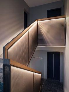 Estetica Dentale - Picture gallery Ramp Design, Railing Design, Staircase Design, Staircase Handrail, Stair Railing, Light Architecture, Interior Architecture, Architectural Lighting Design, Stair Detail