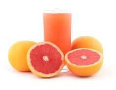 Discover here key information about grapefruit juice and how can it help with weight loss! Check out here why grapefruit juice is good for your health too! Grapefruit Water, Grapefruit Recipes, Grapefruit Diet, Kefir Recipes, Juicer Recipes, Raw Food Recipes, Easy Recipes, Amazing Recipes, Water Recipes