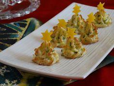 Gli alberelli di patate sono antipasti natalizi perfetti per il cenone o il pranzo del 25. Sono facili da fare, carini da vedere e buonissimi da mangiare!