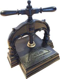 My nipping press ACKER Papeterie de la banque R.N.ve des petits Champs 29 - Paris