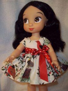 Sweet-dress-made-for-16-Disney-Animator-dolls-5