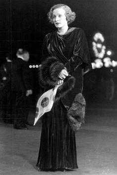 Marlene Dietrich, Los Angeles, 1932