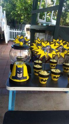 Batman candy jar - Batman Party - Ideas of Batman Party - Batman candy jar Disney Cars Birthday, Batman Birthday, Superhero Birthday Party, 1st Boy Birthday, Boy Birthday Parties, Batman Party Decorations, Batman Party Supplies, Batman Cakes, Childrens Party