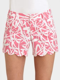scalloped lilly shorts