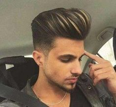 mens hairstyles fade which look awesome. Mens Hairstyles Fade, Oval Face Hairstyles, Cool Hairstyles For Men, Men's Hairstyles, Modern Hairstyles, Mens Hair Colour, Cool Hair Color, Hair Color Balayage, Hair Highlights