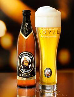 drink a cold bavarian Weissbier