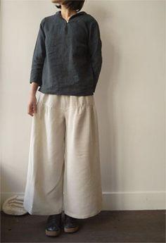 linnet.  those pants .. .