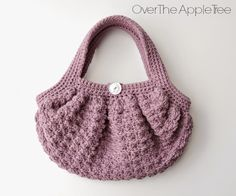 Over The Apple Tree: Girl's Crochet Fat Bottom Bag. If I can enlarge the pattern, I'll make one for myself!