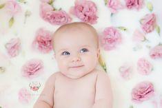 Katie De La Rosa Photography katiedelarosaphoto.com 6 month old, milk bath, fresh flowers