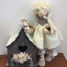 PDF Cartamodello Clarissa e Cioppiti Felt Dolls, Needle Felting, Doll Clothes, Diy And Crafts, Projects To Try, Teddy Bear, Toys, Animals, Fate