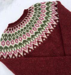 Knitting Projects, Knitting Patterns, Fair Isles, Fair Isle Pattern, Sewing Baskets, Vintage Sewing, Golf, Crochet, Sweaters