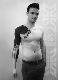 Sublimes tatouages de Roxx - Journal du Design