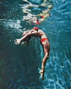 Eric Zener Summer Stretch is part of Underwater art - Underwater Painting, Underwater Photos, Underwater Photography, Art Photography, Eric Zener, Artwork Display, Fantastic Art, Figure Painting, Figurative Art
