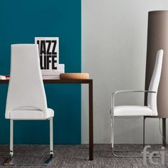 Juliet #CantileverChair with Upholstered Seat by #Calligaris starting from £394.Showroom open 7 days a week. #moderdiningchairs #modernfurniture #londonfurniture #calligaris_chairs #diningroomfurniture #furniture_showroom_london #furniture_stores_london #fcilondon