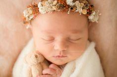 Séance nouveau-né au Studio Crown, Studio, Photos, Princess, Baby Born, Corona, Pictures, Studios, Crowns