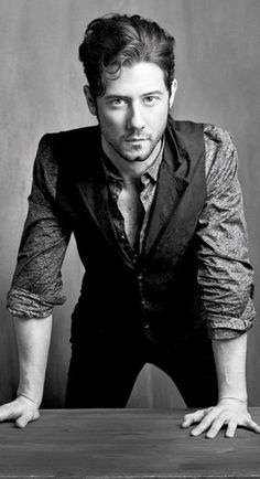 Hale Appleman from The Magicians Eliot The Magicians, The Magicians Syfy, Eliot Waugh, Beautiful Men, Beautiful People, Fandoms, Look At You, Look Cool, Character Inspiration