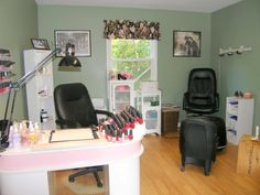 Small hair and nail salon | Ann-Michele's Uptown Hair Design ~ Hopkinton MA Business Profile