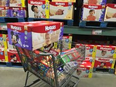 Very happy to visit BJ's Wholesale to stock up on holiday items I'll need ... even for little guests who will be visiting this holiday season! #HolidaysConFamilia #AD
