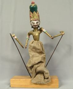rod puppets | 1300: Antique Indonesian Wooden Rod Puppet : Lot 1300
