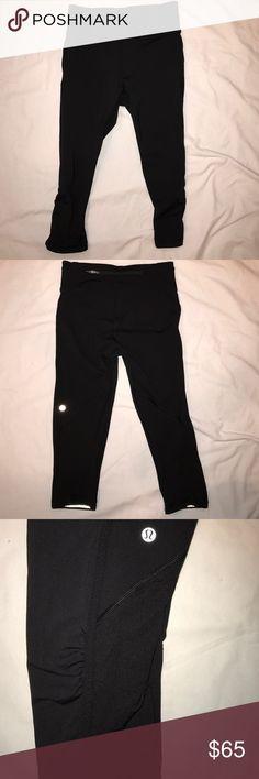 Lululemon black running crops 4 Great condition lululemon athletica Pants