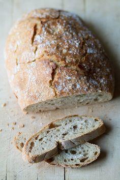 Receta de pan casero sin amasado Bread Machine Recipes, Bread Recipes, Baking Recipes, Pan Cookies, No Knead Bread, Vegan Bread, Artisan Bread, Special Recipes, Bakery