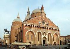 la Grande Basilica di S.Antonio:una delle mete preferite dai turisti