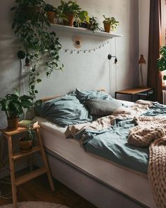 Home Interior Hamptons .Home Interior Hamptons Room Ideas Bedroom, Cozy Small Bedroom Decor, Small Bedroom Decorating, Cozy Small Bedrooms, Blue Bedrooms, Bedroom Themes, Bedroom Colors, Aesthetic Room Decor, Cozy Room