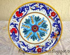 #Piatto da muro #dipinto a mano. #Ceramica #Italy http://ceramicamia.blogspot.it/p/piatti.html